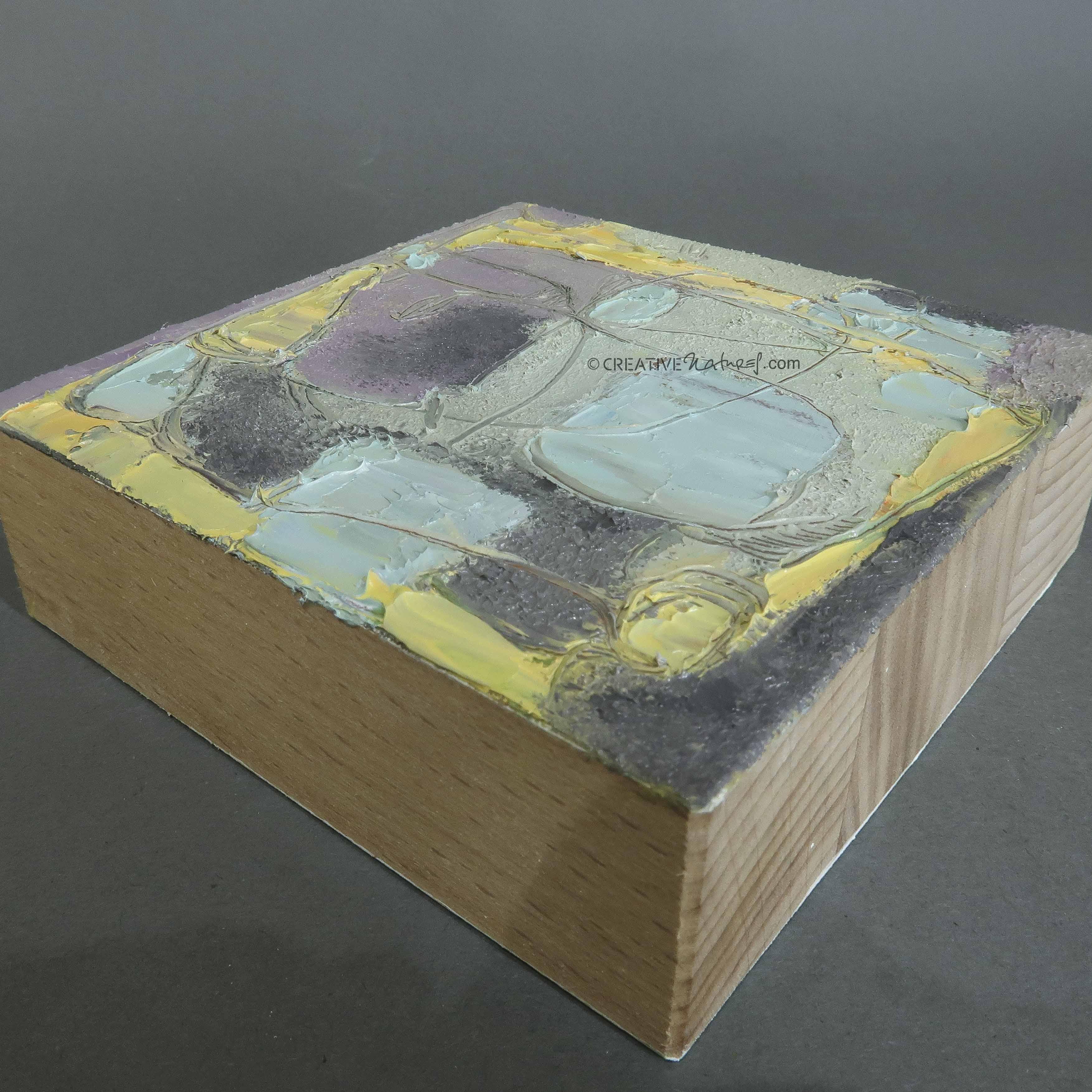 """Focusobjekt """"Gedankengarten"""", Ansicht 3, Original Ölmalerei 2seitig, 10 x 10 x 3 cm, massives Buchenholz, freistehend. Erhältlich im Webshop"""